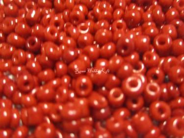 Matt kásagyöngy MÉLYPIROS 2 mm 20 g
