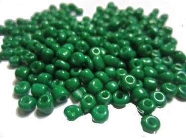 Matt kásagyöngy Sötétzöld 4 mm 20 g
