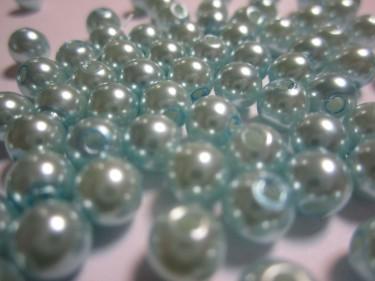 Műanyag teklagyöngy Világoskék 6 mm 10 g
